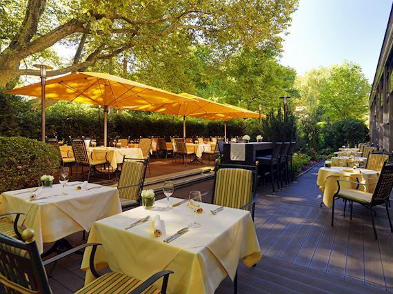 Grillen und Chillen auf der Mirabell Terrasse